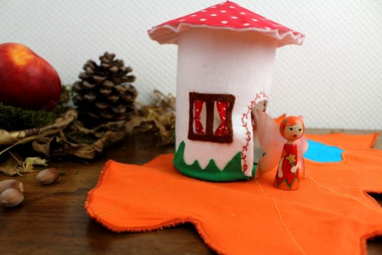 Fée Mandarine et sa maison champignon